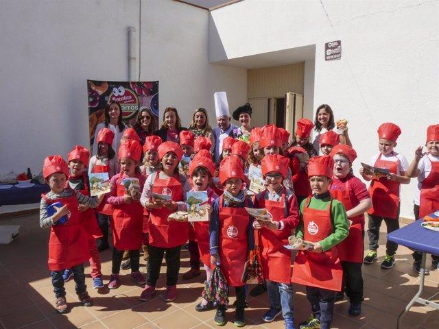 Una treintena de niños de Arboleas han aprendido a hacer sus bocatas saludables.