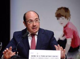 Pedro Antonio Sánchez ve posibilidad real acuerdo que coloque a Tovar en la Presidencia con apoyo de CS y Podemos