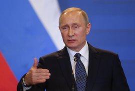 """Putin aboga por cooperar con EEUU y rechaza las """"mentiras"""" que quieren perjudicar las relaciones"""