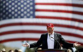 """Trump llama a """"combatir"""" a los republicanos que han tumbado la reforma sanitaria"""