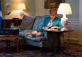 Sturgeon solicita formalmente la celebración de un segundo referéndum en Escocia
