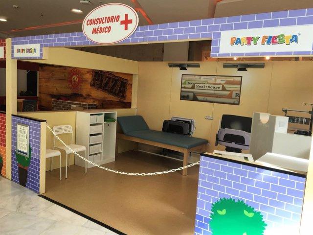 Consultorio médico de la 'Mini City' del Centro Comercial Bahía Sur.