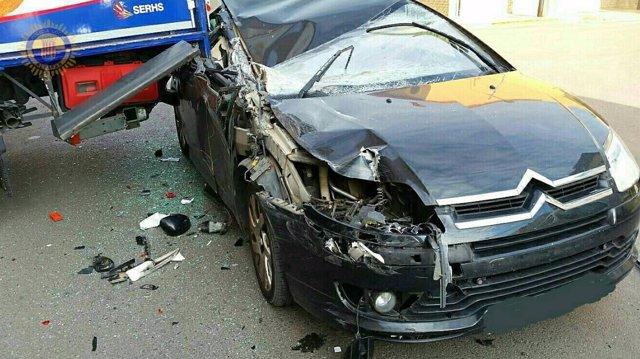 Uno de lso accidentes de tráfico con intervención de los bomberos de Valencia