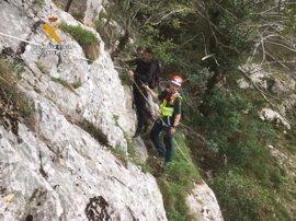 Rescatados dos montañeros del Desfiladero de la Hermida
