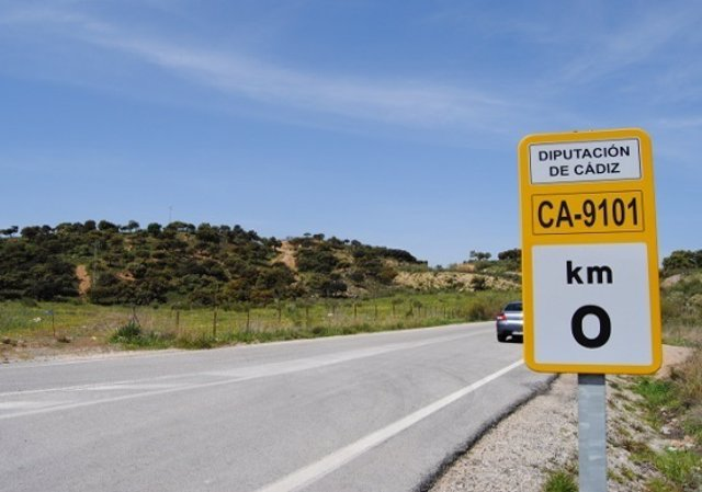 Señalización de carretera provincial en Cádiz
