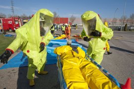 Un centenar de efectivos de emergencias participan en un simulacro por accidente químico en Guardian Navarra