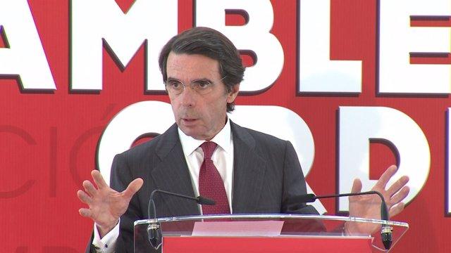 """Aznar reclama una """"segunda vuelta"""" de la reforma laboral"""