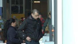 Rablaci pide la devolución del pasaporte y justifica su arraigo en España en las visitas a su padre a prisión