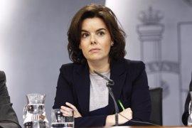 El Gobierno pide al TC que avise a Puigdemont y consejeros de las consecuencias penales si siguen con el referéndum