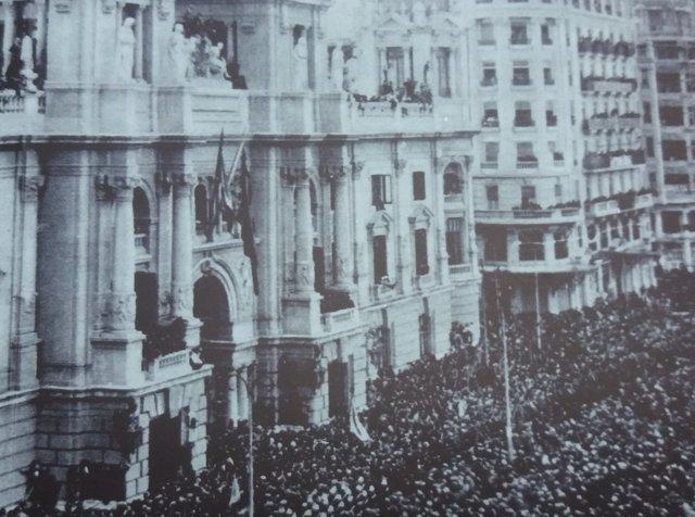 Fragmento de la portada de la guía 'Juan Gil-Albert y la Valencia republicana'