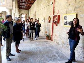 El IEG refleja en una muestra la labor para preservar y difundir el legado de Miguel Hernández