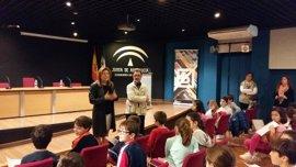 La Biblioteca de Jaén acoge un encuentro con Antonio Navarro en el Día Internacional del Libro Infantil y Juvenil