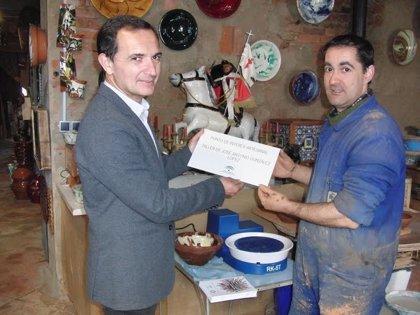 La Junta impulsa la difusión de los oficios artesanos en la provincia al sumarse al Día Europeo de la Artesanía
