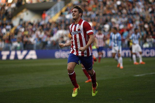 Koke celebra el gol de la única victoria del Atléico en La Rosaleda con el Cholo