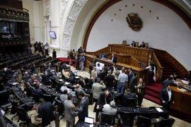 """La MUD convoca una manifestación para este sábado en Caracas en  defensa del """"orden constitucional"""""""