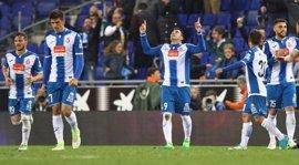 El Espanyol remonta 'in extremis' al Betis y sueña con Europa