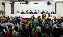 El Comité Federal del PSOE aprueba el calendario del 39 Congreso con críticas de los 'sanchistas'