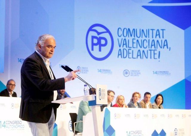 El eurodiputado preside la Mesa del XIV Congreso del PPCV