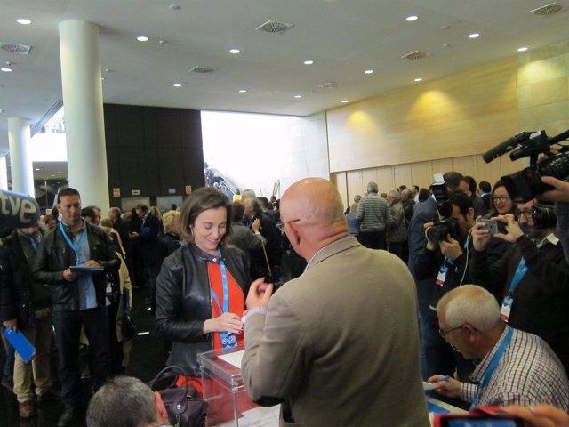 Cuca Gamarra, Durante Las Votaciones