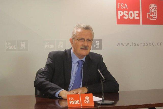 El Diputado Del PSOE Por Asturias, Antonio Trevín,