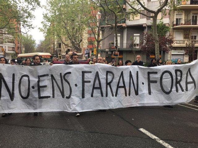 Veïns de Sant Antoni es manifesten contra la pressió turística al barri