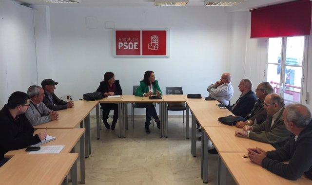 Reunión del PSOE de Huelva con representantes de emigrantes retornados
