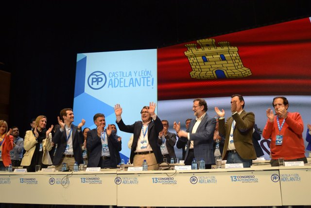 Valladolid. F.Mañueco aclamado tras se elegido Presidente del PPCyL