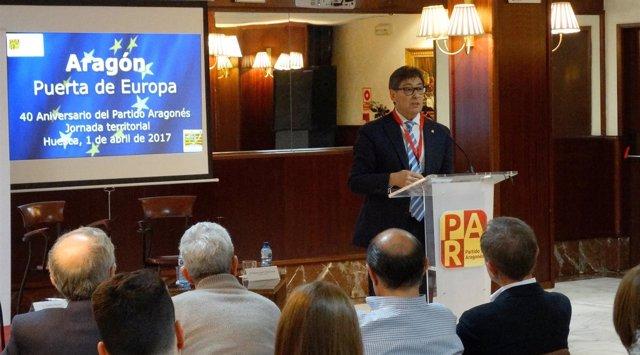 Arturo Aliaga clausura la Jornada del PAR en Huesca.