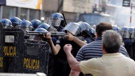 Destituidos el ministro del Interior y el comandante de la Policía de Paraguay por la represión policial