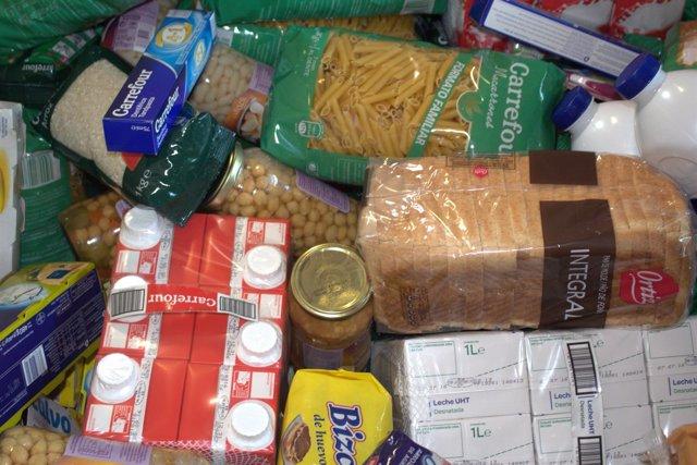 Recogida de comida para el Banc dels Aliments