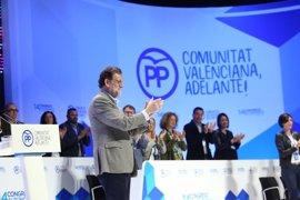 """Rajoy pide a Bonig """"integrar y trabajar"""" porque cree que pueden """"dar batalla"""""""