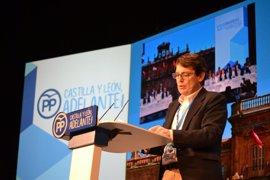 Mañueco se estrena como presidente del PPCyL en Génova
