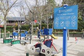 El Ayuntamiento de Madrid renueva 33 áreas de juegos infantiles de la ciudad