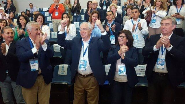 Juan José Imbroda, reelegido presidente del PP de Melilla