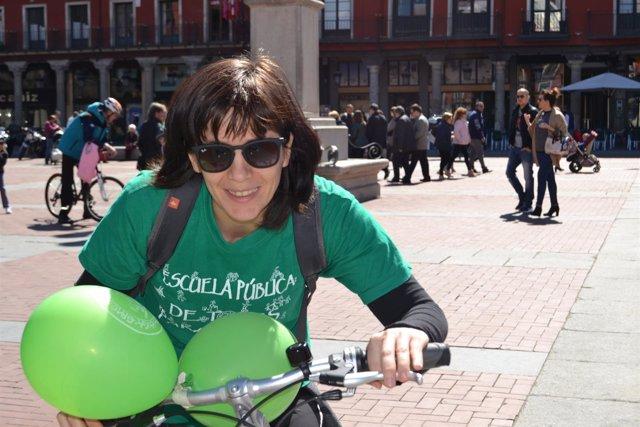 Valladolid. Marcha en bicicleta para reivindicar la escuela pública