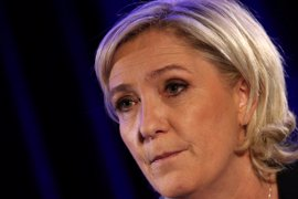 """Le Pen asegura que el euro """"es como un cuchillo en las costillas de los franceses"""""""