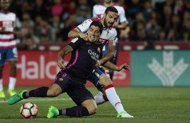 Suárez ilumina al Barcelona bajo la Alhambra