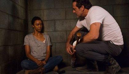 The Walking Dead 7x16: Un gran sacrificio, una inesperada traición y un rayo de esperanza