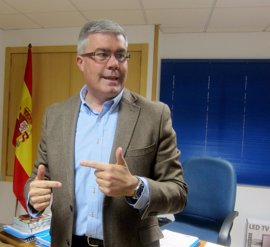 Fernández de Moya no podrá repetir al frente del PP de Jaén tras confirmar 'Génova' que es incompatible