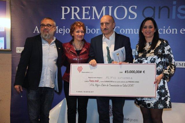 Alipio Gutierrez recibe el  IV Premio ANIS por su trayectoria profesional