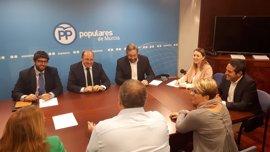 """PP: """"si Cs quiere que la moción prospere, lo hará con los votos de Podemos, que no condena el terrorismo de Otegui"""""""