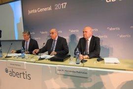 Abertis no contempla alargar automáticamente las concesiones de autopistas en España