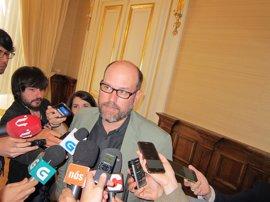 """La Vicepresidencia del Gobierno rechazó reunirse con el alcalde de Santiago, que pide """"no dramatizar"""" el asunto"""