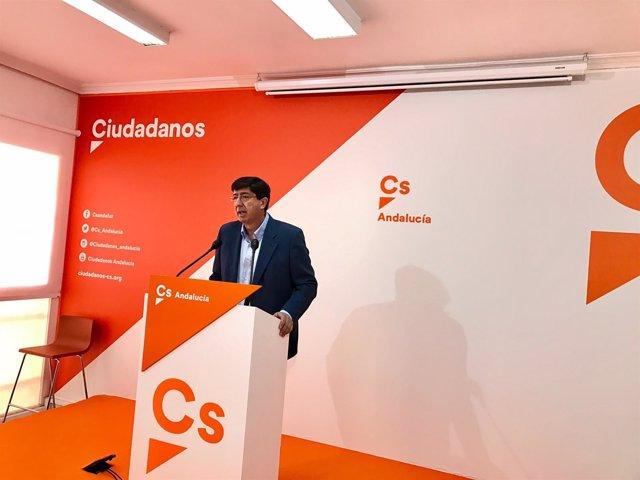 El presidente y portavoz de Ciudadanos en el Parlamento, Juan Marín