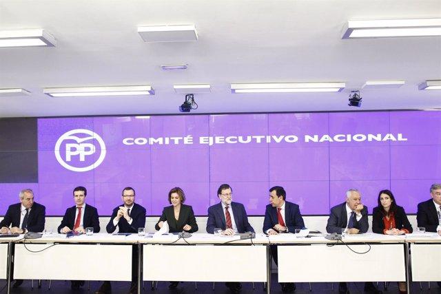 Rajoy preside el Comité Nacional Ejecutivo del PP en la sede del partido