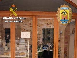 Tres detenidos por 16 robos en comercios del casco antiguo de Alcúdia