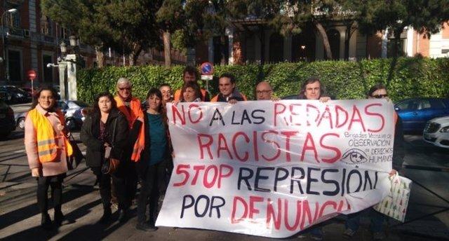 Protesta por redadas a inmigrantes