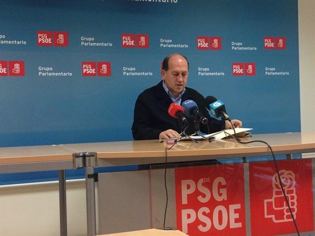 El portavoz parlamentario del PSdeG, Xoaquín Fernández Leiceaga