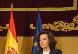 """Sáenz de Santamaría: """"Es impensable, porque no se va a producir, una Cataluña fuera de España"""""""