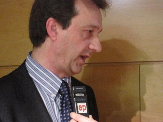 Presidente de la FAPA Giner de los Ríos, José Luis Pazos